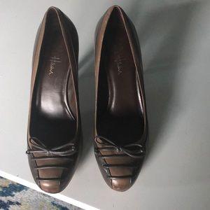Two toned brown Cole Haan heels